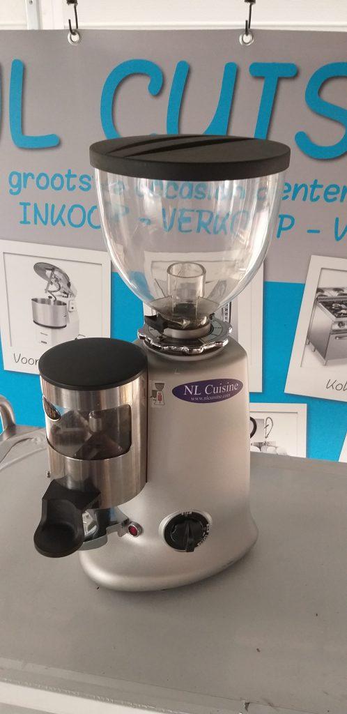 Coffee Queen koffiemolen met vultrechter Image